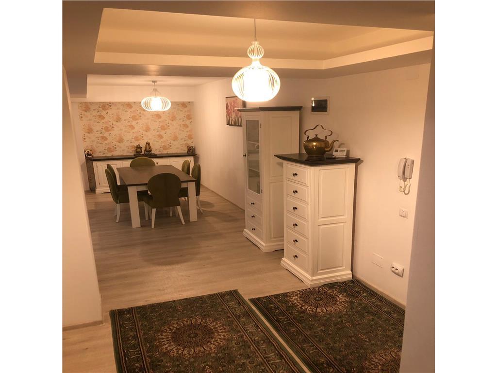 Apartament cu 3 camere, superfinisat cu garaj str.Romul Ladea