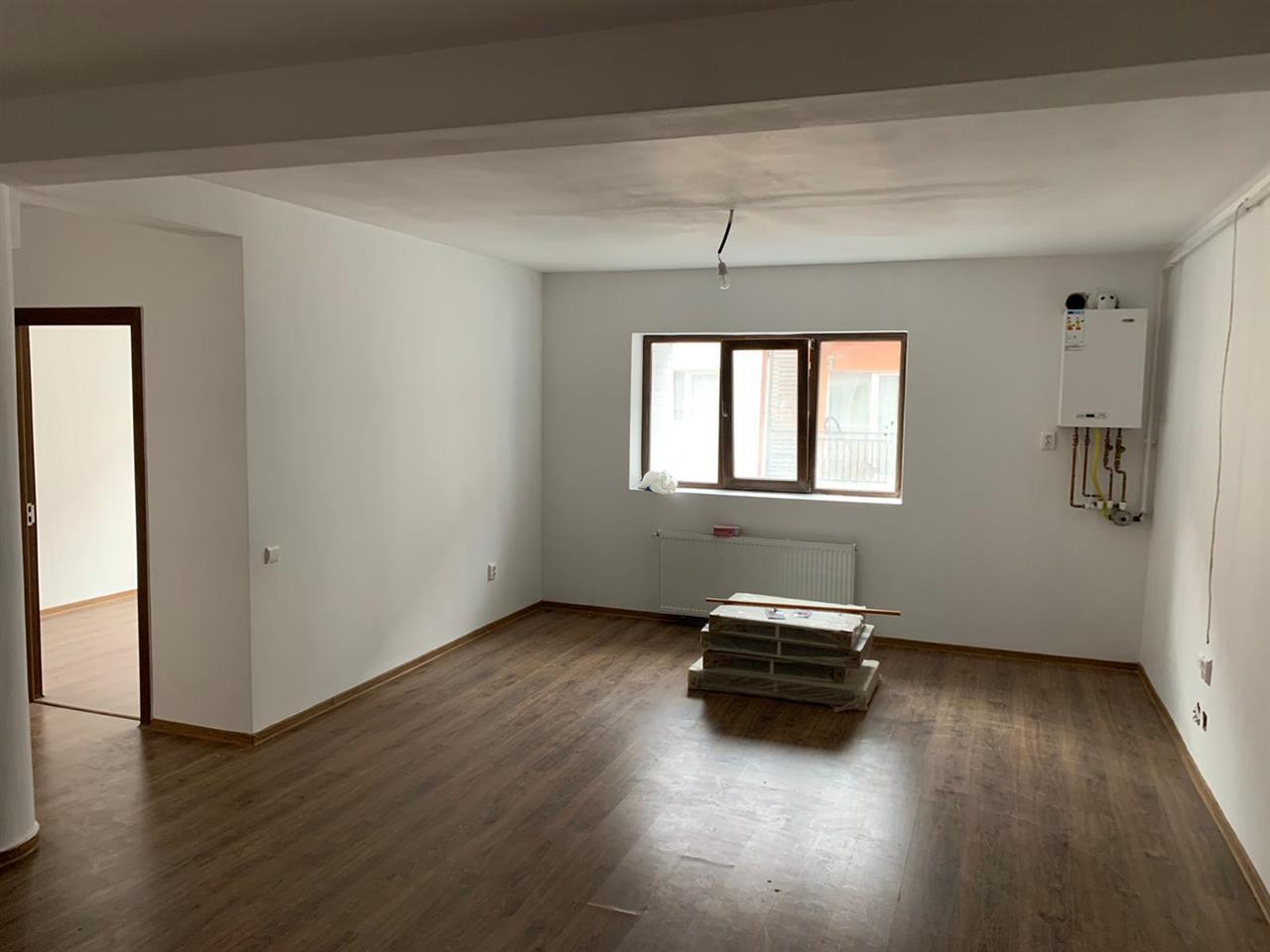 3 camere, Manastur, etaj intermediar 78 mp,finisat, zona Roata Faget