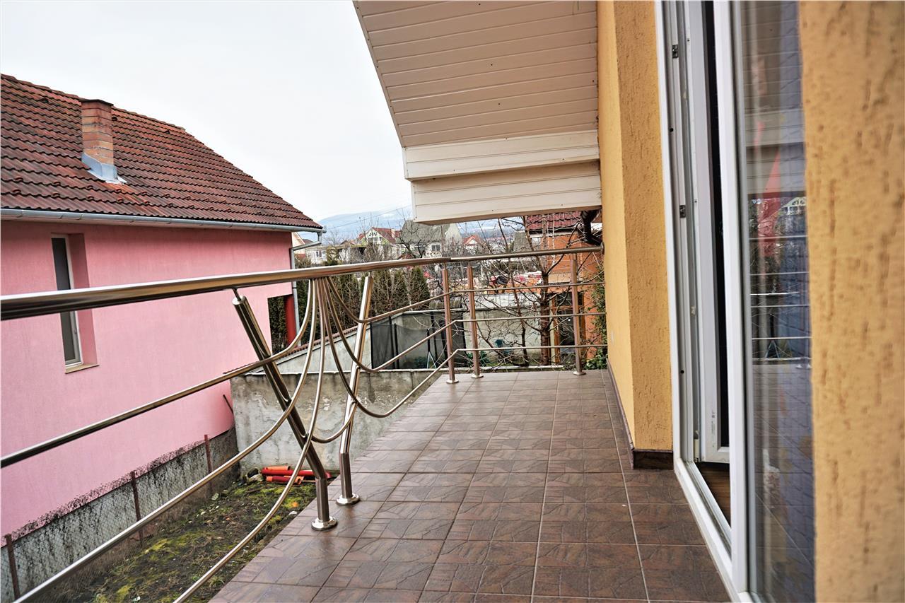 Casa tip duplex 160 mp, zona linistita, partial mobilata