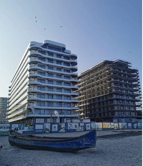 Casa Ta de pe Litoral , MAMAIA, primul front de pe Plaja