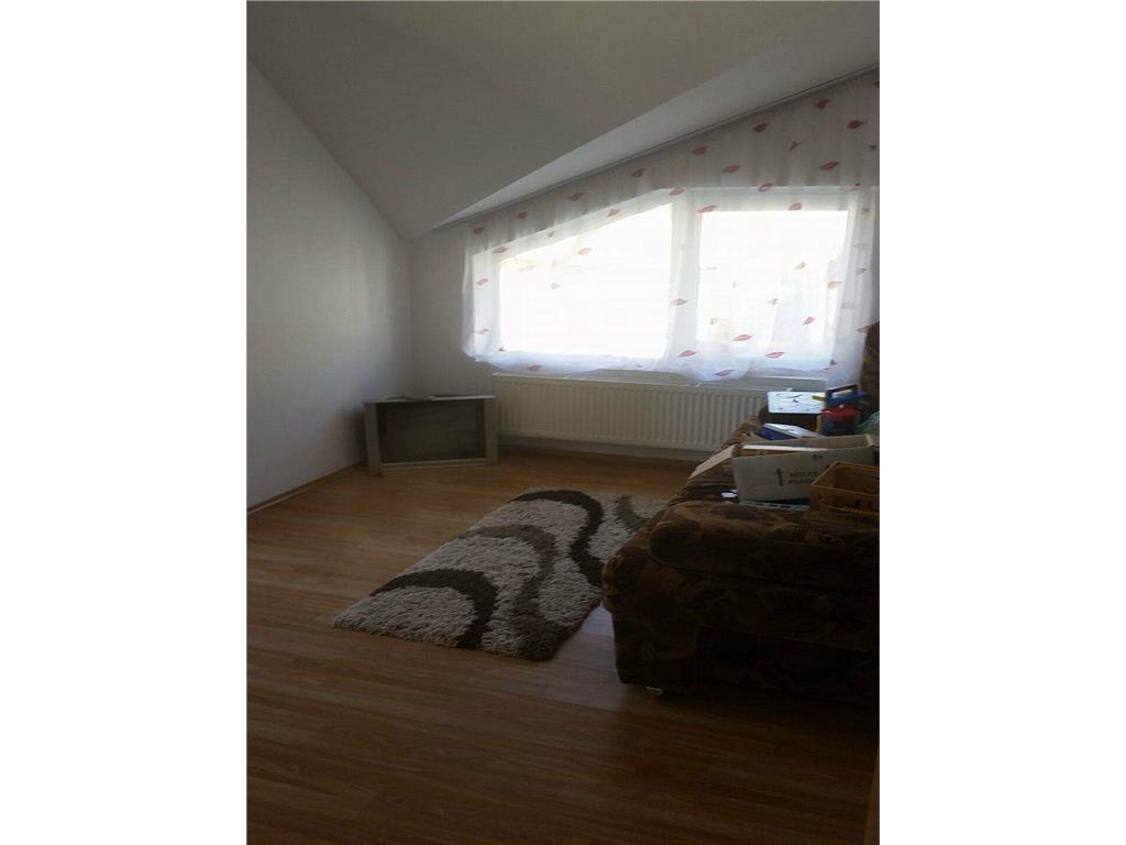 Duplex,120 mp,Floresti, curte 40 mp,garaj,2 loc parcare