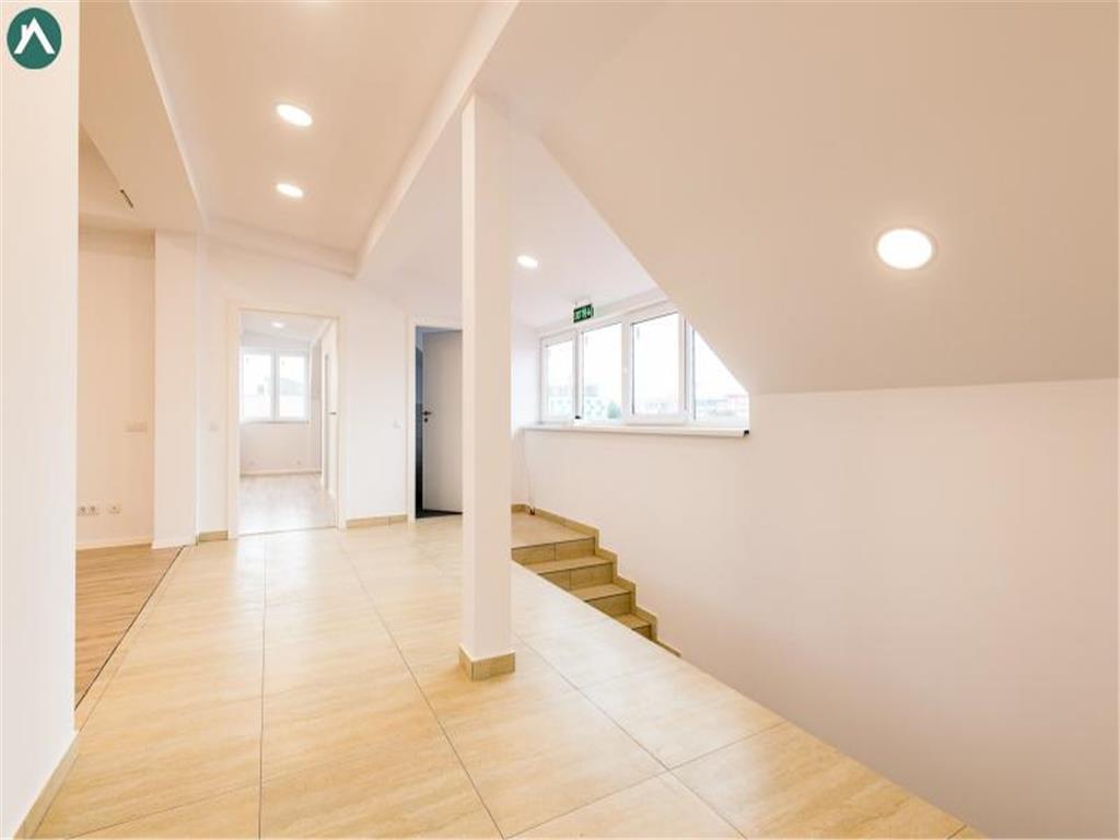 Spatiu Birou , centru,zona Str.Paris ,65mp, superfinisat