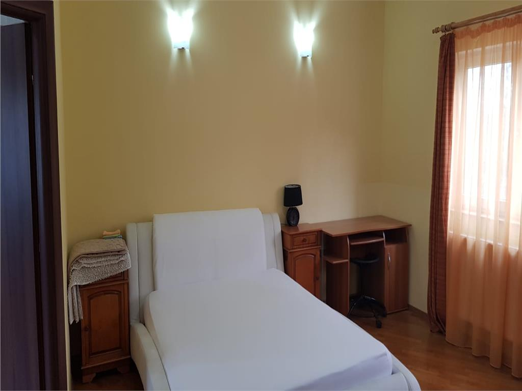 Apartament 1 camera,Gruia,Str.Serpuitoare, 38 mp,mobilat/utilat