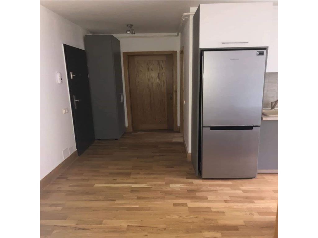 2 dormitoare,decomandat, mobilat/utilat,Zona Vivo,Garaj,boxa
