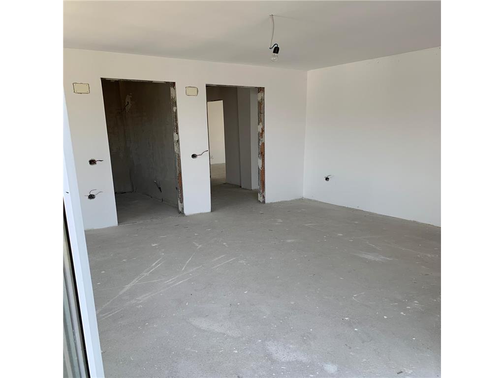 Casa tip Duplex,235 mp, teren 317 mp,4 camere,3 bai,pod