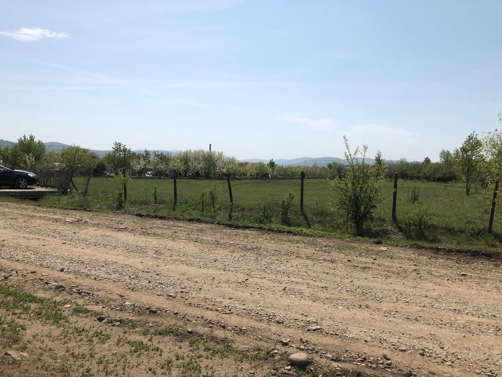 Teren intravilan, 2500 mp, zona Drumul Dumitrei Vechi