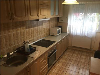 Apartament 2 camere,54 mp, semidecomandat, etaj 3,str. Colibitei