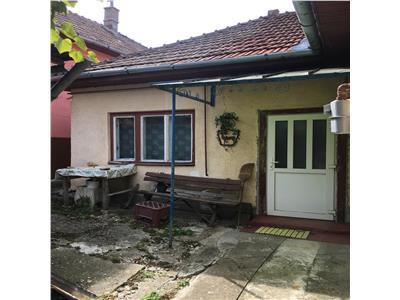 Casa Gruia,Trifazic,540 mp teren,acces asfaltat