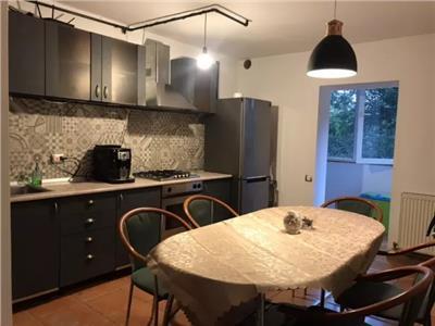 Apartament 3 camere zona Observator cu parcare