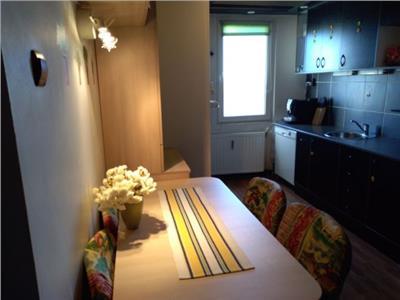 2 camere, decomandat, 48 mp ,mobilat/utilat