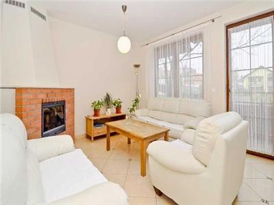 Casa individuala, 6 camere Andrei Muresanu,superfinisata
