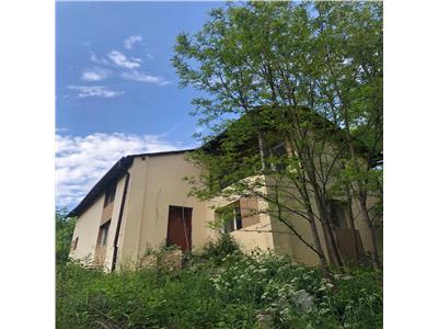 Casa Martinesti 115 mp, zona Lacuri, teren 816 mp