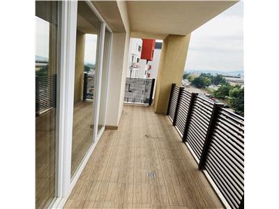 Apartament 3 camere, 90mp,loc de parcare!!