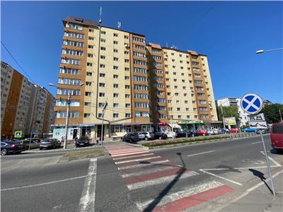 Ap 3 camere, 75 mp, semidecomandat, etaj 8/10, Calea Moldovei