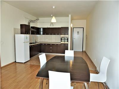 Apartament open space 3 camere 86mp