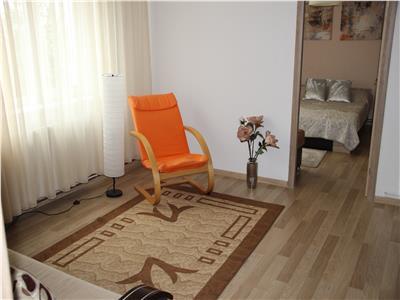 Apartament 2 camere, strada Paris, zona Stanca