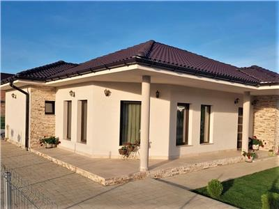Casa noua 120 MP curte individuala