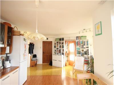 Apartament 3 camere, 57mp, Vulturului, Baciu, parcare