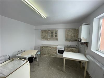 Apartament 130mp, 183mp curte, semifinisat Borhanci