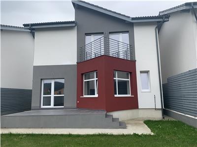 Casa Individuala, Curte,Sanpetru