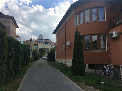 Casa Andrei Muresanu, 10 locuri de parcare,350 mp utili