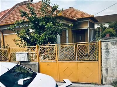 Casa 110 mp,,Zona Titulescu,430 mp de teren