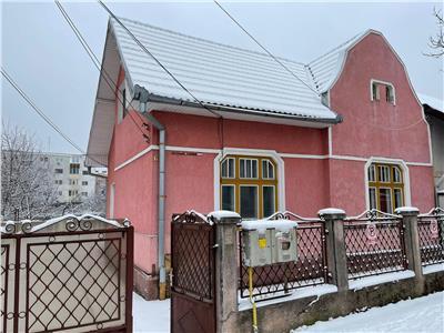 Casa 90 MP,3  Camere, Pretabil BIROU, curte