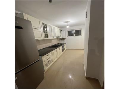 Apartament 3 camere,Calea Bucuresti ,renovat complet