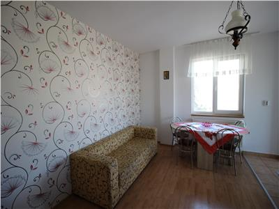 Apartament 3 camere, 63mp, Dambul Rotund.
