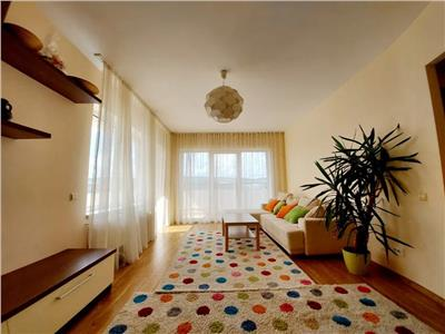 Apartament 2 camere, zona Vivo, parcare