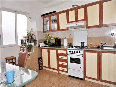 Apartament 2 camere decomandat Stefan cel Mare