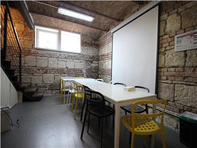 Spatiu birou in vila, 372mp, Andrei Muresanu