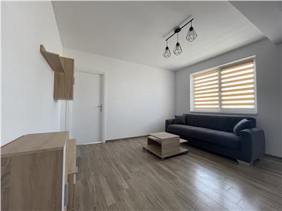 Apartament 2 camere cu parcare, strada Cetatii.