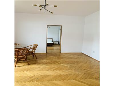 Apartament in casa Zona Centrala