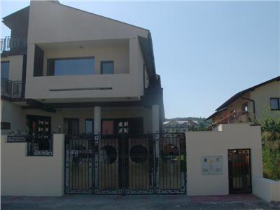 Duplex, Faget ,290 MP ,6 camere ,4 bai, Nemobilata