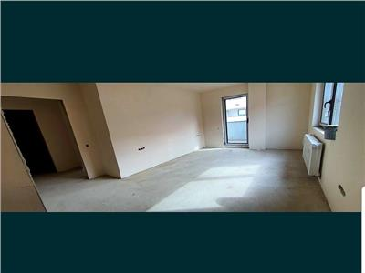 Apartament 3 camere, 76mp, str. Subcetate