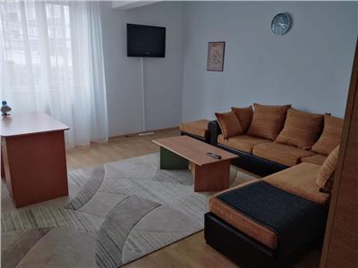 Apartament 2 camere, ultracentral, parcare.