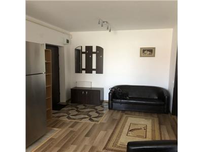 Apartament 2 camere, parcare, str. Florilor