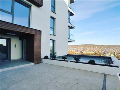 Apartament ,60 mp,superfinisat,terasa ,gradina-270 mp
