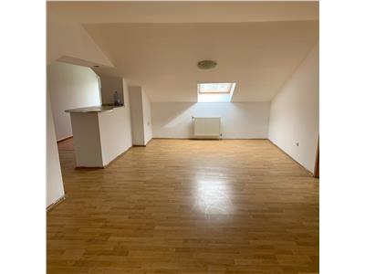 Apartament ,3 camere decomandate,64 mp, str.Alverna