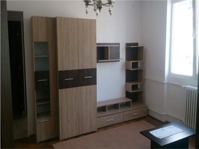 Apartament 2 camere, parcare, P-ta Mihai Viteazul