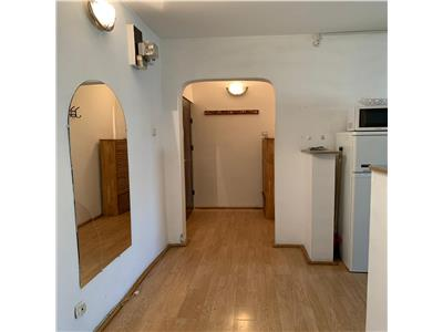 2 camere,Marasti,zona hotel Paradis,semidecomandat,garaj